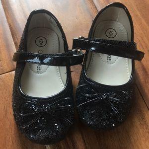 Little girls black dress flats